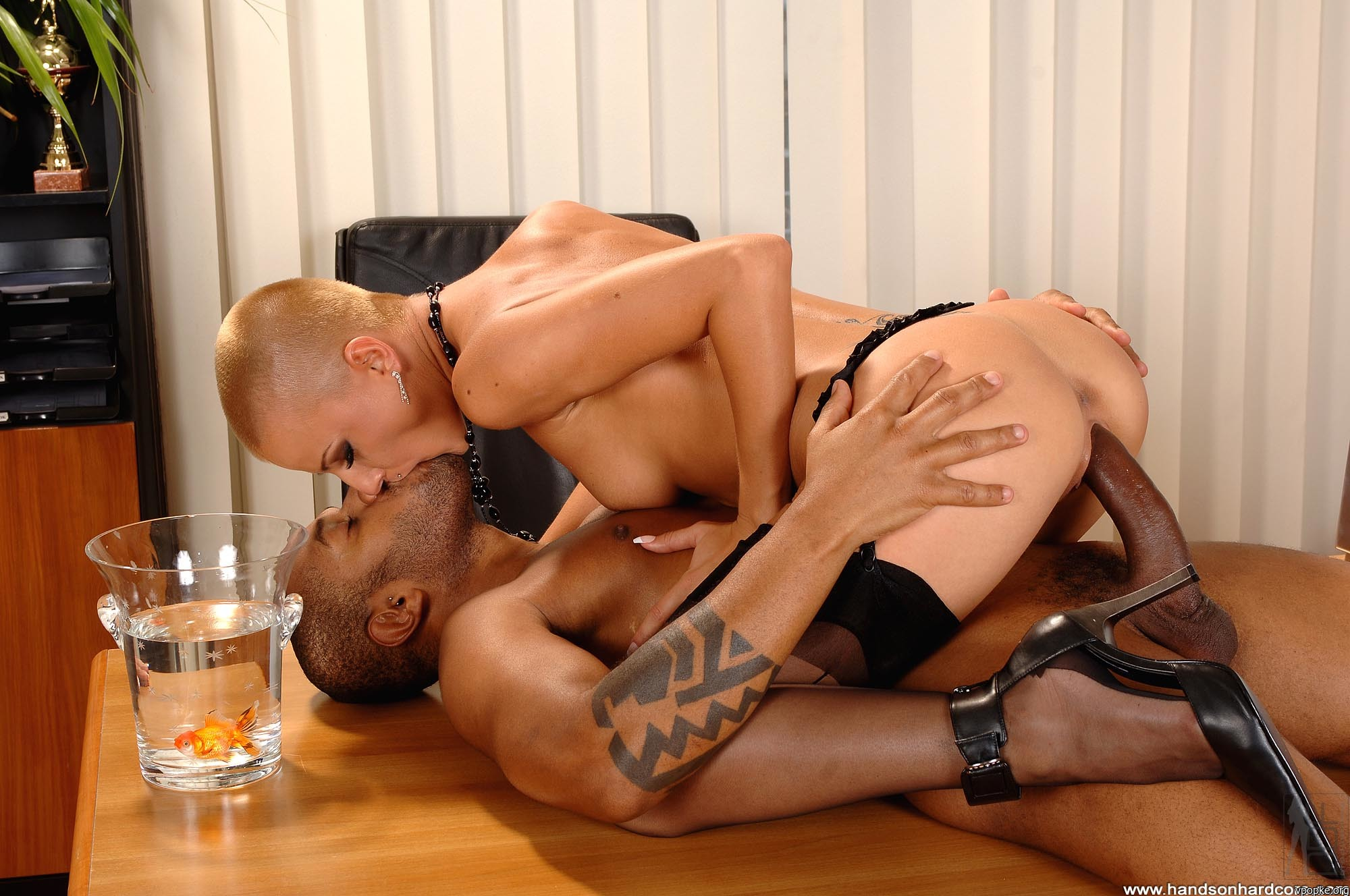 Секс с секретаршами блондинкой 20 фотография